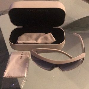 Brand new Marc Jacob white sunglasses box & wipe
